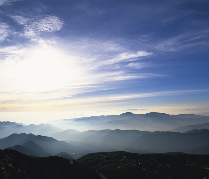 なぜ登山は朝早く登って早く目的地に着く必要があるのか?