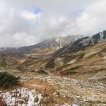 寒い山でのネックウォーマーのすすめ!首を温めて秋の登山を快適に
